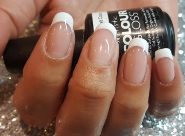 Louella Belle Educator Jade's Guide To A French Manicure!